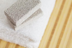 How to Use a Pumice Stone to Remove Corns