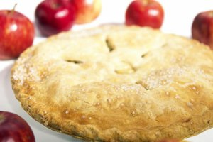Do I Bake the Bottom Crust of a Apple Pie Before I Fill…