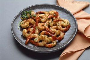How to Cook Shrimp With Vegetables