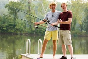 Difference Between a Casting Rod & a Spinning Rod