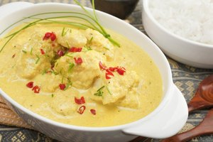 How to Make Curried Tilapia