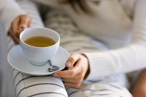 What Kind of Tea Is Good for a Sore Throat?