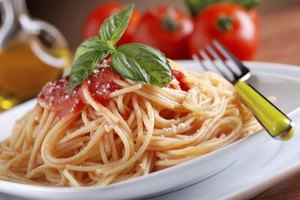 How Many Calories Are in a Bowl of Spaghetti With Red S…
