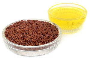 Flaxseed oil for acne treatment livestrong com for Fish oil cause acne
