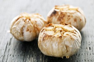 The Calories in Roasted Garlic