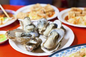 How to Cook Fresh Oysters on a Barbecue