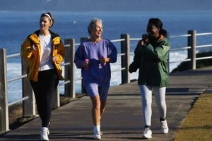Reasons Why Power Walking Is Healthier Than Jogging