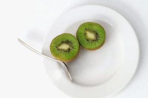 What Are the Benefits of Eating Kiwi Fruit?