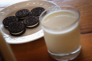 How Many Calories Are in One Oreo Cookie?