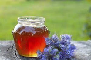 What Are the Benefits of Wildflower Honey?