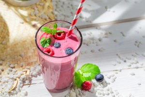 Difference Between Meal Replacement & Protein Shake
