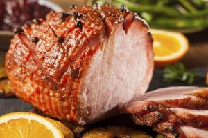 How to Cook Ham in a Roaster