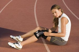 How to Treat Sore Knees From Running