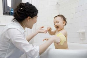What Temperature Should You Make Bath Water for a Baby?
