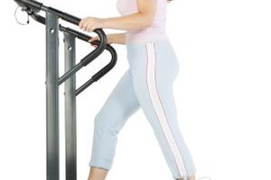 Do You Burn More Fat Holding Onto the Rails on a Treadm…