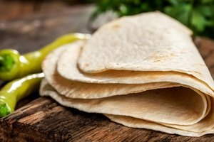 Nutriton Facts: Wheat Vs. Flour Tortillas
