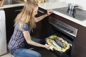 Is Baking or Broiling Better for Fish?