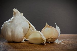 Garlic Cloves for Acne Scars