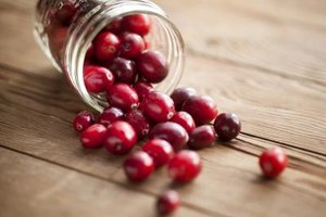 Can You Eat Fresh Cranberries Without Cooking Them?