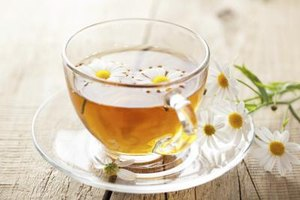 How to Drink Chamomile Tea to Help You Lose Weight