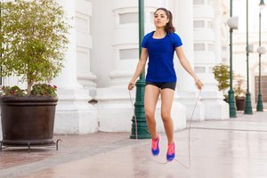 The Number of Repetitions for Beginner Jump Rope
