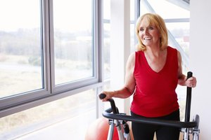 How Many Calories Are Burned on an Elliptical Machine?
