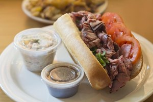 What Can You Put on a Roast Beef Sandwich?