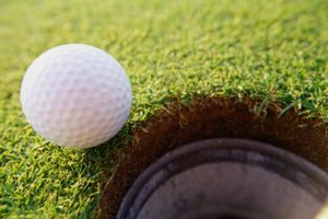 What Brands of Golf Balls Go the Farthest?