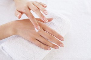 Home Remedies for Rough, Dry Hands
