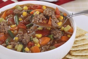 How do I Make Homemade Vegetable Beef Soup in a Crock P…
