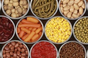 The Disadvantages of Canned Foods