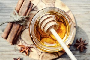 What Are the Benefits of Honey on Skin Boils?