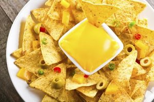 Calories in Nachos & Cheese
