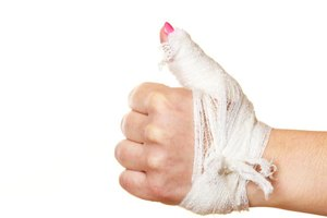 Ways to Exercise With a Broken Finger