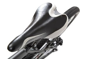 5 Things You Need to Know About Avoiding Bike-Saddle So…