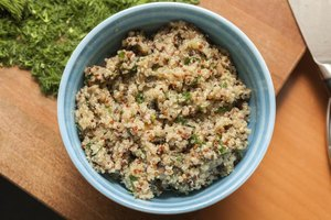 Difference Between Red & Regular Quinoa