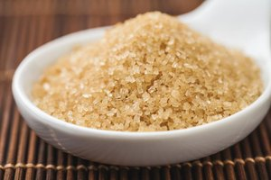What Are the Benefits of Brown Sugar vs. White Sugar?