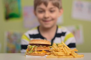 Negative Impact of Fast Food on a Child's Nutrition