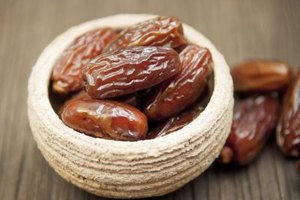 Are Dates Healthy During a Pregnancy?