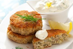 How Many Calories Are in Crab Cakes?