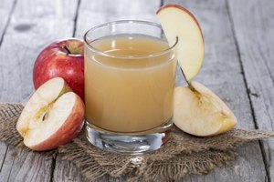 The Benefits of Apple, Carrot & Celery Juice