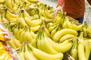 Will Eating a Bunch of Bananas Make Me Gain Weight?