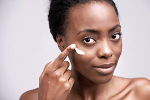 The Best Creams to Treat Dark Eye Circles in Black Wome…