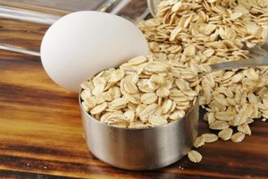 How to Cook an Egg in Oatmeal