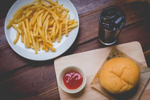 Advantages & Disadvantages of Food Additives