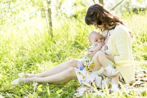 Calorie Intake to Lose Weight While Breastfeeding