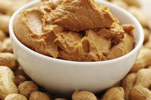 How Much Peanut Butter to Eat for Bodybuilding