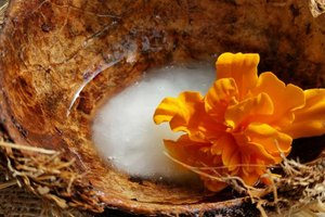 Raw Coconut Oil Benefits for Athletes