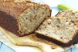 Low-Fat and Sugar-Free Banana Bread