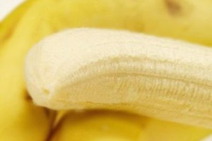 How to Stop Leg Cramps With Bananas